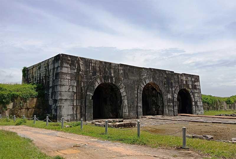 Khu di tích thành Nhà Hồ - Thanh Hóa